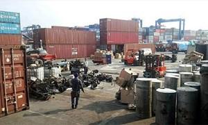 Buộc tái xuất trên 1.000 container phế liệu nhập khẩu không đạt chất lượng