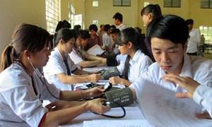 Đẩy mạnh vận động tham gia bảo hiểm y tế học sinh, sinh viên