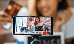 Livestream bán hàng: Thật, giả khó lường