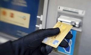 Lừa tặng quà xịn, trúng thưởng... để đánh cắp tài khoản ngân hàng