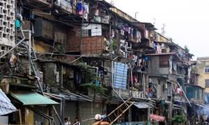 Hà Nội chỉ đạo dứt điểm việc di dời các hộ dân ra khỏi chung cư cũ nguy hiểm