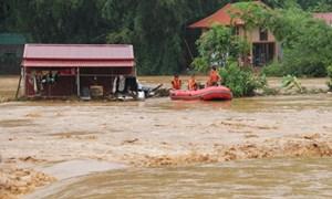 Chủ động xuất cấp kịp thời hàng hàng dự trữ quốc gia khắc phục hậu quả mưa lũ