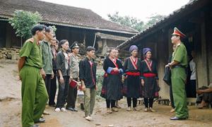 Chế độ phụ cấp đối với cán bộ trong lực lượng vũ trang công tác vùng đặc biệt khó khăn