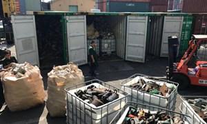 Phát hiện 20 container hàng chứa phế liệu, rác thải công nghiệp cấm nhập khẩu