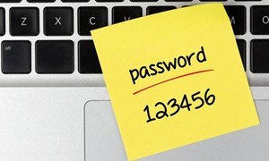 Những mật khẩu dễ bị