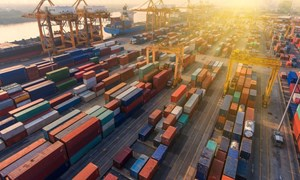Năm 2020 Việt Nam đặt mục tiêu xuất khẩu 300 tỷ USD và 5 năm liên tiếp xuất siêu