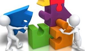 Nhân tố ảnh hưởng đến cấu trúc vốn của doanh nghiệp công nghiệp nhìn từ mô hình GMM