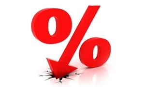 Lãi suất liên ngân hàng chạm đáy trong lịch sử