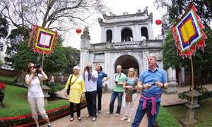 Khách quốc tế đến Việt Nam chi tiêu ước đạt 8 tỉ USD