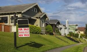 Canada: Báo động đỏ đầu tiên từ thị trường nhà đất