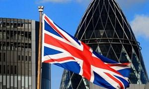 Nước Anh hâm nóng cuộc đua thuế suất