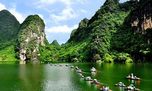 Đưa du lịch trở thành ngành kinh tế mũi nhọn để phát triển đất nước