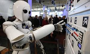 Điểm danh những công ty đã và đang thay thế nhân viên bằng robot