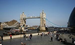 EU muốn tạo lập trung tâm tài chính mới hậu Brexit