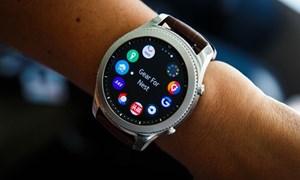 Samsung áp sát Apple trên thị trường thiết bị đeo tay toàn cầu