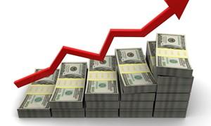 USD đứng ở mức cao nhờ kỳ vọng Fed sẽ tiếp tục thắt chặt tiền tệ