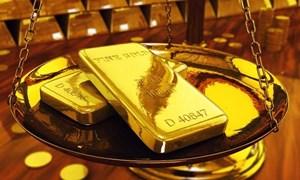 Giá vàng rời khỏi mức thấp trong một tuần