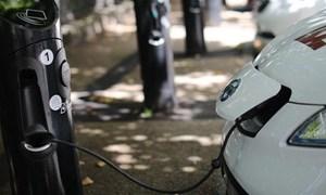 Samsung sản xuất loại pin dành cho ô tô điện sạc một lần đi 400km