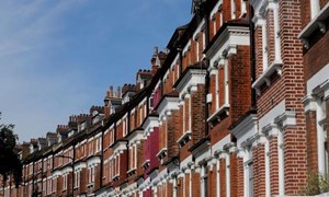 Gần một nửa dân số châu Âu không có khả năng sở hữu nhà riêng