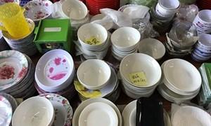 Đồ dùng bằng nhựa giá rẻ: Tiềm ẩn gây nguy hại đến sức khỏe