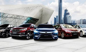 Honda Việt Nam: Giảm mạnh giá xe để giữ chân khách hàng