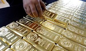 """Bất ổn địa chính trị """"thổi"""" giá vàng thế giới"""