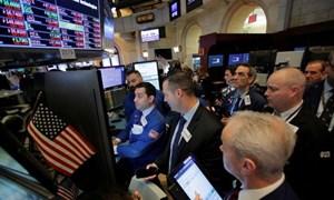 Tổng thống Trump đe dọa Nga, Dow Jones mất hơn 200 điểm