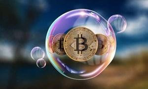 Hàng loạt công ty ăn theo bitcoin biến mất trên sàn chứng khoán, bong bóng đang xì hơi?