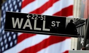 Căng thẳng thương mại Mỹ - Trung tái xuất hiện, phố Wall đi xuống