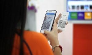 Doanh nghiệp nỗ lực thúc đẩy thanh toán không dùng tiền mặt tại Việt Nam