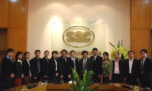 Tăng cường hợp tác quản lý thị trường Chứng khoán giữa Việt Nam và Lào