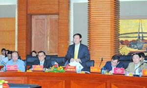 Bộ trưởng Vương Đình Huệ: Phối hợp chặt chẽ, tháo gỡ khó khăn vướng mắc, tạo điều kiện thuận lợi nhất cho Hải Phòng phát triển