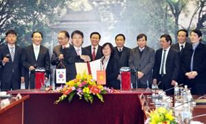 Bộ Tài chính Việt Nam và Bộ Chiến lược và Tài chính Hàn Quốc ký kế hoạch hợp tác năm 2013