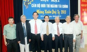 Thứ trưởng Nguyễn Hữu Chí chúc Tết cán bộ hưu trí tại TP.Hồ Chí Minh