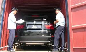 Ngăn chặn nhiều xe ô tô hồi hương nhập khẩu có dấu hiệu bất thường