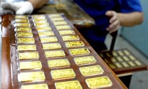 Phó Thống đốc NHNN Lê Minh Hưng: NHNN tham gia bình ổn thị trường vàng là cần thiết