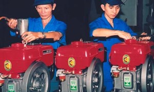 Miễn thuế nhập khẩu linh kiện, máy móc thiết bị sản xuất máy nông nghiệp phục vụ dự án