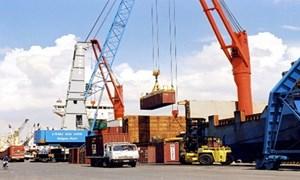 Mỗi tháng phải xuất khẩu hơn 10,7 tỷ USD