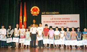 Lễ Tuyên dương học sinh giỏi, học sinh xuất sắc năm học 2012-2013