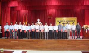 Khối Tài chính - Kinh tế ký giao ước thi đua năm 2013