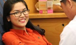Gần 1.000 cán bộ nhân viên Sacombank hiến máu nhân đạo