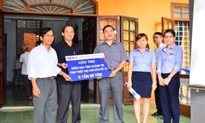 BIDV  cứu trợ đồng bào lũ lụt  tỉnh Quảng Bình, Quảng Trị  15 tấn mỳ gói