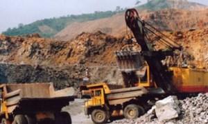 Khai thác khoáng sản: Cấp phép tràn lan, quản lý chồng chéo