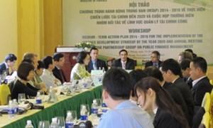 Hoàn thiện chương trình hành động trung hạn 2014 - 2016 về thực hiện Chiến lược Tài chính đến năm 2020