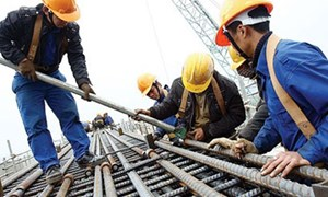 Tái cơ cấu 3 trụ cột kinh tế: Không thể ngập ngừng