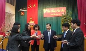 Phó Thủ tướng Vũ Văn Ninh thăm và chúc Tết Kho bạc Nhà nước