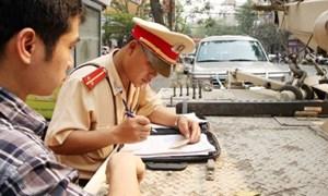 Người vi phạm có thể nộp phạt tại chỗ cho cảnh sát giao thông