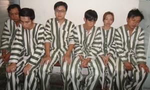 Bắt thêm 7 nghi phạm trong đường dây lừa đảo qua điện thoại