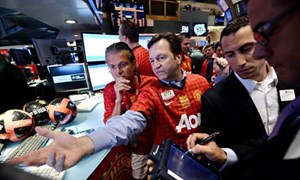Cổ phiếu Manchester United tăng kỷ lục khi David Moyes bị sa thải