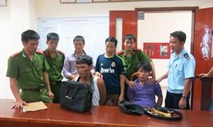 Hải quan Hà Tĩnh phối hợp bắt giữ 10.000 viên ma túy tổng hợp